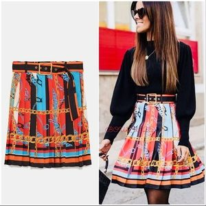 Chain Print Pleated Belted Skirt